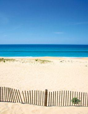 Comporta. El paraíso está al lado | Via Elle España | 30/06/2011  Descubre la California portuguesa  Playas kilométricas de fina arena, océano salvaje y espíritu 'ecochic'. Así es el secreto mejor guardado del litoral atlántico. #Portugal