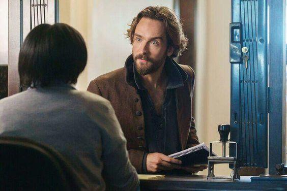Crane (10-15-2015) episode