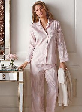 Sleep or simply spend a leisurely morning in soft ...
