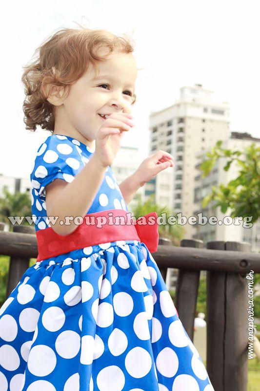 Roupa da galinha pintadinha para meninas e bebês. Mais modelos em http://www.eroupasdebebe.com/roupa-da-galinha-pintadinha