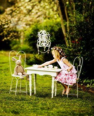 traer un invitado al tea party
