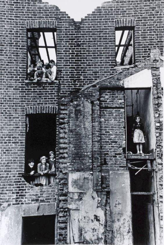 CHILDREN IN BOMBED BUILDING, BERMONDSEY, 1954