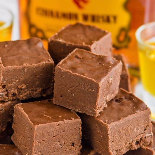 This Easy Fireball Fudge Recipe Is The Perfect Recipe To Make For The Holidays Or Anytime An Easy Fudge R In 2020 Fudge Recipes Fantastic Fudge Recipe Fireball Fudge