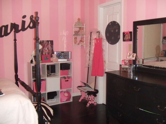 paris themed girls room | ... room, this is my room that we just re-did it is paris themed!, , Girls