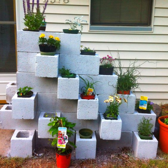 Cinder block garden step 2 gardening pinterest for Concrete block landscaping ideas