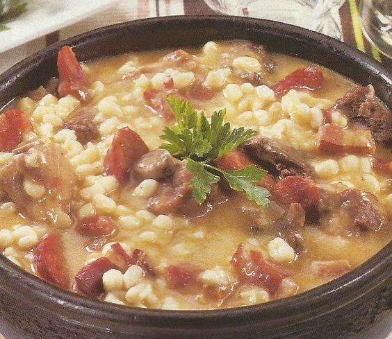 Cozido de Milho e Carnes - https://www.receitassimples.pt/cozido-de-milho-e-carnes/