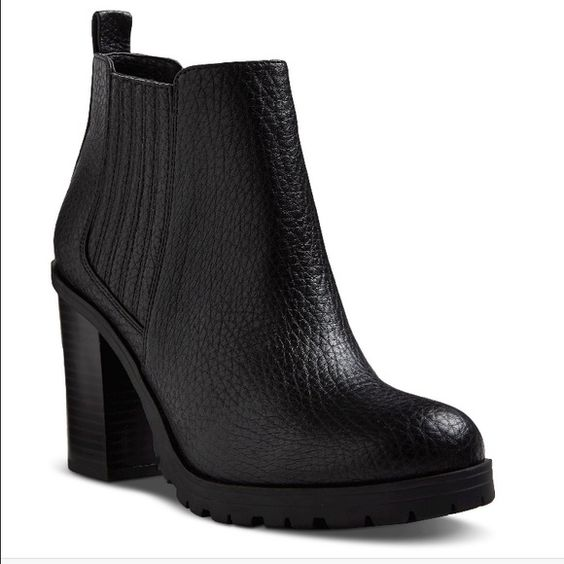 Deanna Heeled Ankle Boots Looking for some booties like these!! Please share with me if found (: thanks!!! Sam & Libby Shoes Ankle Boots & Booties