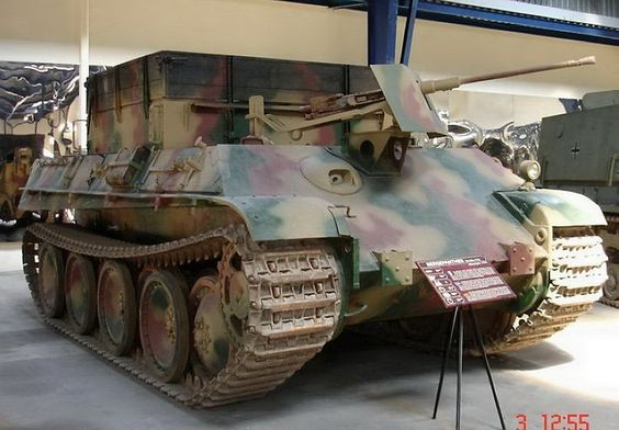 The SdKfz 171 PANZER V PANTHER was a medium tank used by the German army during the second world war, of 1943 the battle of Kursk, up to the 8 may 1945.  Bergepanther : vehicle troubleshooting, 347 products 1943 to 1945.
