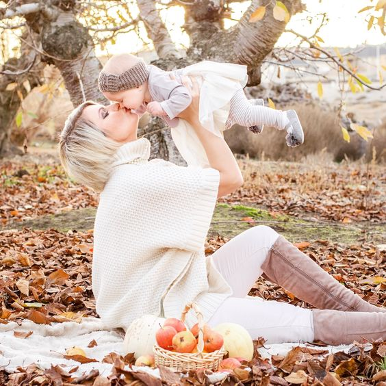 Мама и малыш фото идеи осень | Впервые мама - first-time-mama.ru