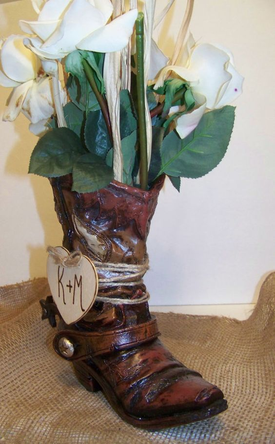 cowboy boor centerpieces | ... Centerpiece-Cowboy Boot Flower Vase with Wooden Heart-Set of 2 Boots