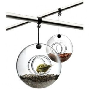 http://www.yesprofil.no/sitefiles/site69/shop/eva-solo-utendors-fuglemater-i-munnblast-glass_314_2011-10-30-23-24-35.jpg