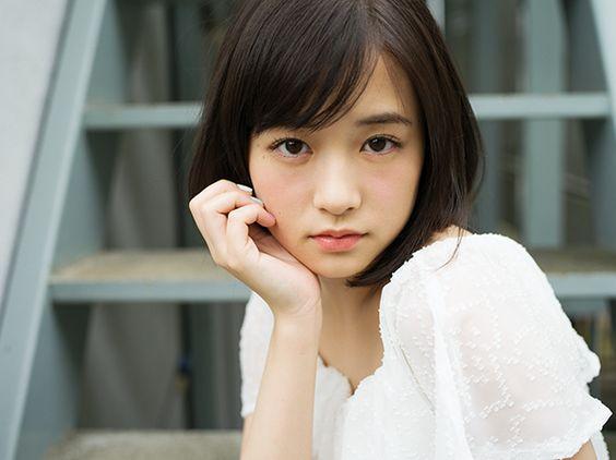 見つめる大原櫻子