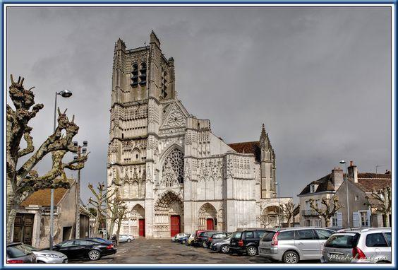 ville d'auxerre cathédrale - Bing Images