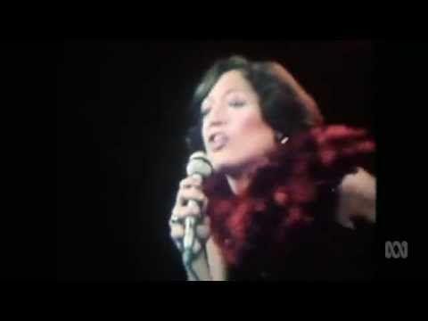 Vicki Sue Robinson - Turn The Beat Around (1976) - YouTube
