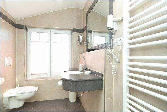 Bathroom Fixtures Interior Design Dengan Gambar