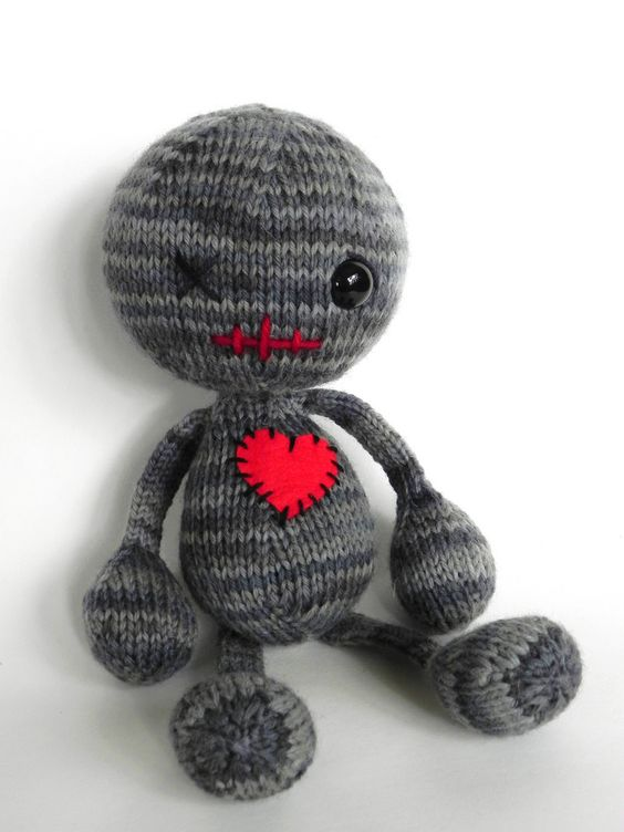 Voodoo you love me, for freshly singles who want revenge, or for those who do not like Valentine's Day: