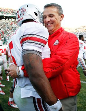 Ohio State's Urban Meyer and Braxton Miller-Buckeye's dominating. Check out week 6 preview.