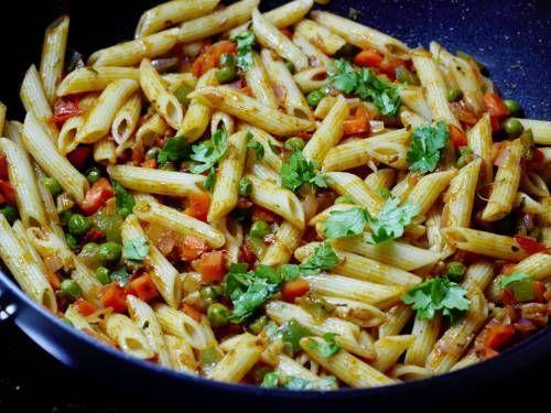 Masala Pasta Recipe How To Make Pasta Indian Style Pasta Recipe Pasta Recipes Indian Easy Pasta Recipes Pasta Indian Style