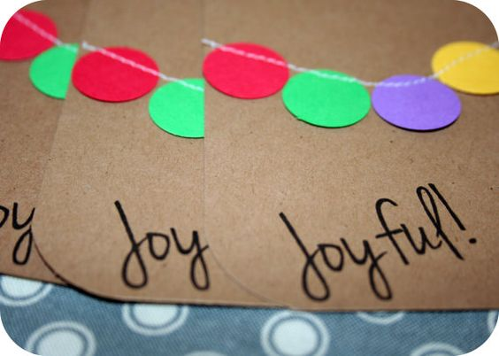 Handmade Gift Tags  Bunting Circle Gift Tags  by AStitchOfHandmade, $5.00