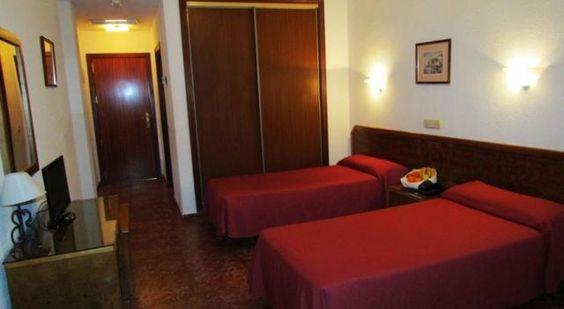 Complejo Hotelero Saga - 2 Star #Hotel - $46 - #Hotels #Spain #Manzanares http://www.justigo.in/hotels/spain/manzanares/complejo-hotelero-saga_29591.html