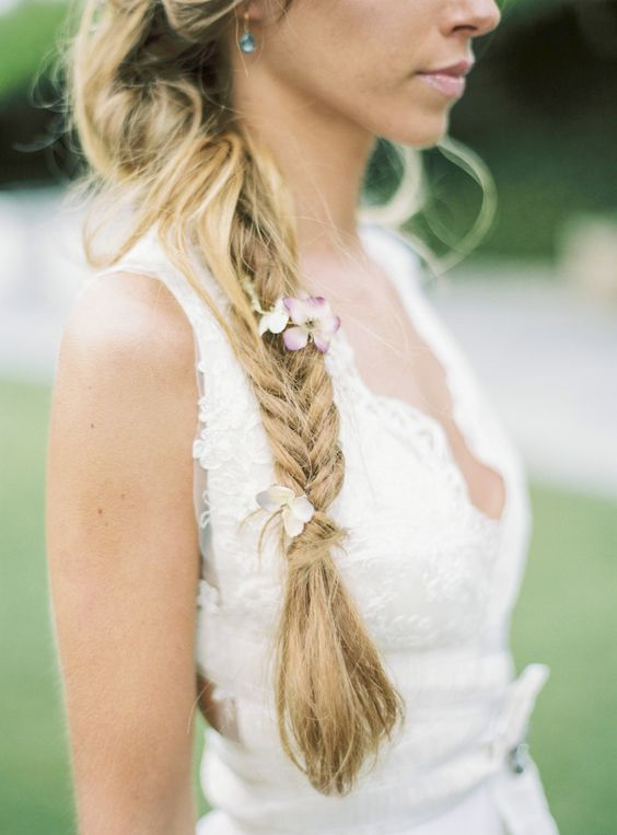 Fishtail braid with a touch of pretty flowers: itakeyou.co.uk: