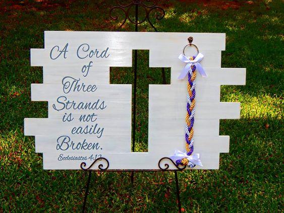 #WoodCrossSign 32x20, #WeddingCross, #RusticWeddingIdeas, #GodsKnot, #ReligiousWallDecor #WeddingGift #WeddingSigns #WeddingDecor #WeddingDecorations, #CordofThreeStrands, #RusticWeddingDecor, #UnityBraids #CeremonySigns unitybraids.com