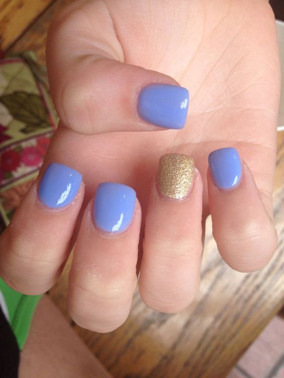 awesome Periwinkle and gold short acrylics...