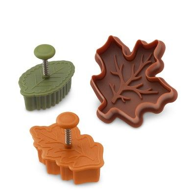 Fall Leaf Piecrust Cutters, Set of 3 #williamssonoma Will go on top of my pumpkin pie!!