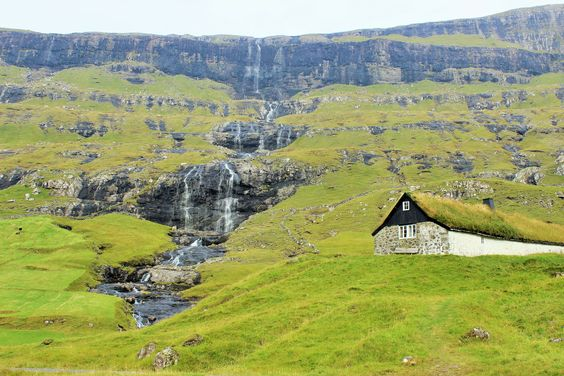 saksun, Faroe Islands . Photo Annbritt
