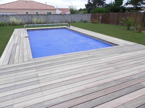 Piscine rectangle en ossature en bois EXOTIQUE  avec plage et