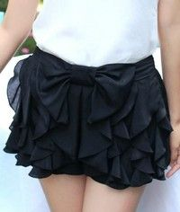Ruffles Shorts with Bowknot In Black