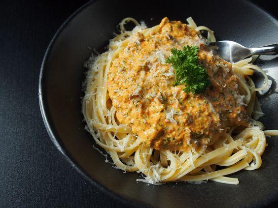 Sarah's Greenfield: Pasta mit Paprika-Petersilien-Sauce (2 Personen)