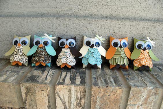 Spice Cake Pillowbox Owls