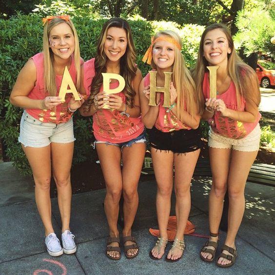 Alpha Phi at University of Washington #AlphaPhi #APhi #BidDay #letters #sorority #UW