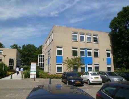 Kantoorruimte te huur aan de Thomas Mannplaats 301 te Rotterdam. Deelverhuur mogelijk! Plaats direct uw bieding op de gevraagde huurprijs en kom in onderhandeling.  http://www.huurbieding.nl/huur/kantoorpanden/1-00945/rotterdam/thomas-mannplaats-301-305.html#informatie  #kantoorruimte #kantoorpand #tehuur #huren #rijnmond #Drechtsteden #huren #ondernemers #gezocht #werk #mkb #dienstverlening #bieden #huurprijs #huurbieding