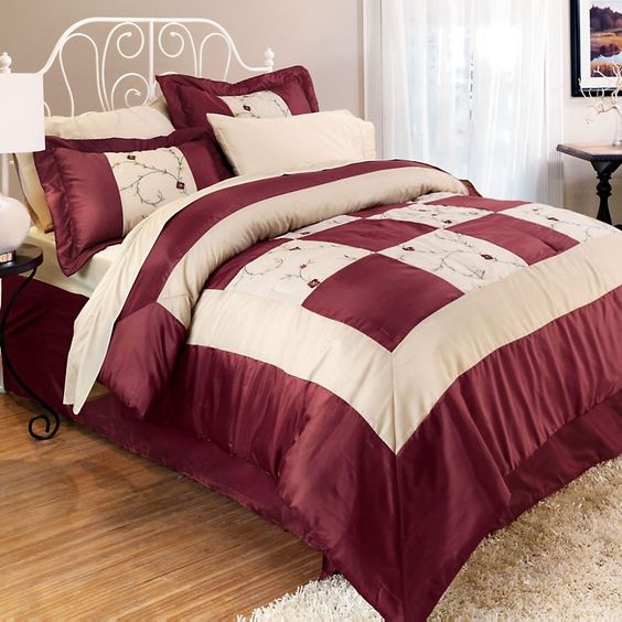 I just bought this Charlotte Comforter Set King size at