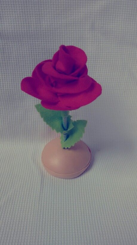 Rosa em Feltro