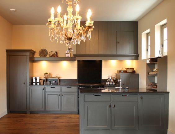 Handgeschilderde keuken in pure orginal grijs kleur de keukenmakery keuken pinterest met - Verf keuken lichtgrijs ...