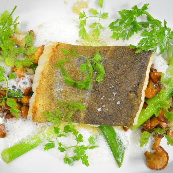 Köstlicher Fisch auf den Punkt gegart im Restaurant Fillet of Soul   creme hamburg