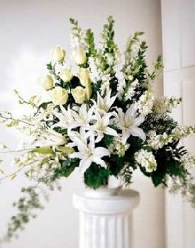 arreglo de flores para boda iglesia buscar con google