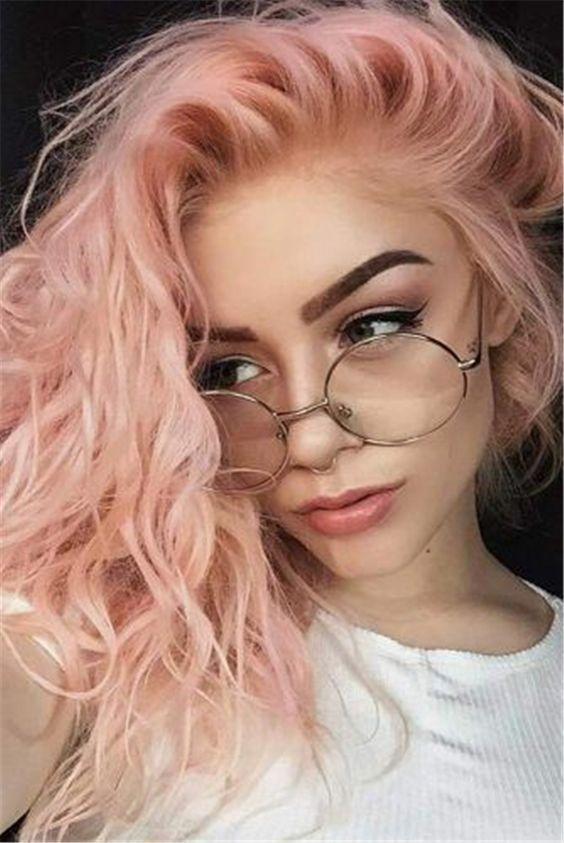 Color de pelo rosa pastel