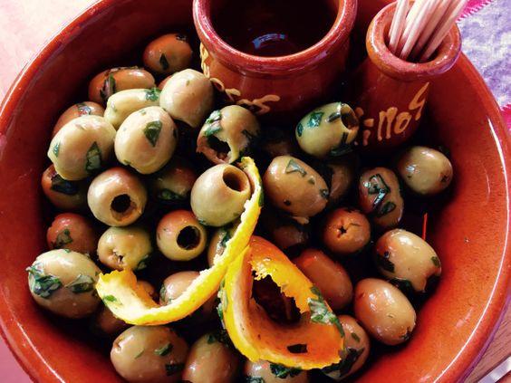Marinierte Oliven mit Orange – Kocheule