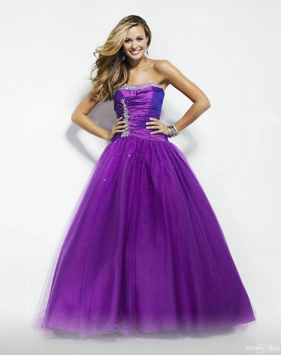 Wow love this dress!!