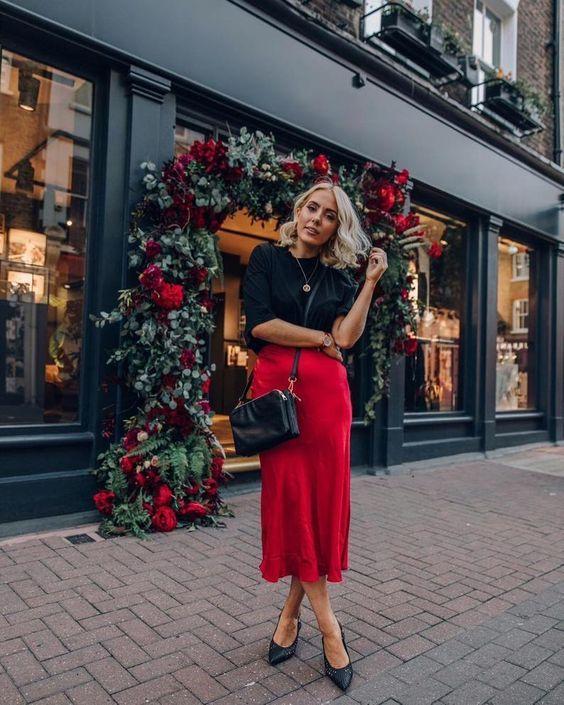 outfits casuales con falda roja