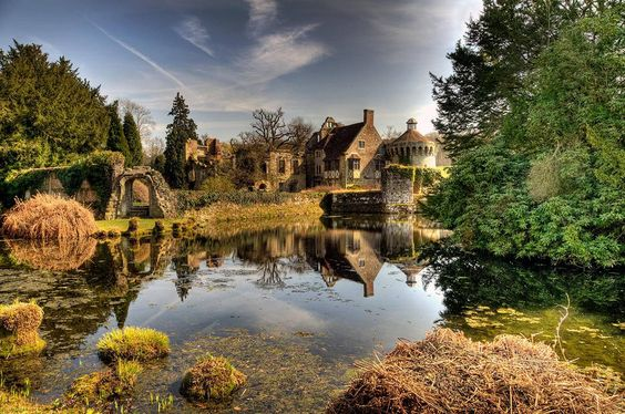 Scotney Castle-I just want to live there!