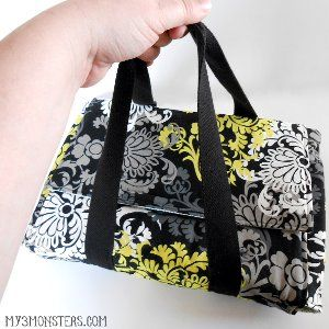 While DIY casserole carrier patterns are all the rage, not many of them can fit every casserole dish you have in your home. If you want to avoid creating a dozen carriers or worrying about smaller plates breaking in big containers, make this One Size DIY Casserole Carrier.