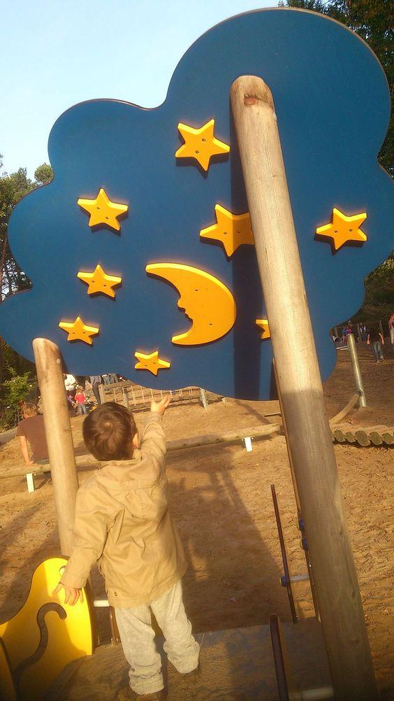 Nach den Sternen greifen - im Wildpark Tannenbusch.