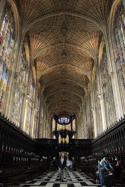 King's College Chapel / Culte : anglicanisme / Début de la construction : 1446 / Fin des travaux : 1515 / Style dominant : architecture gothique perpendiculaire