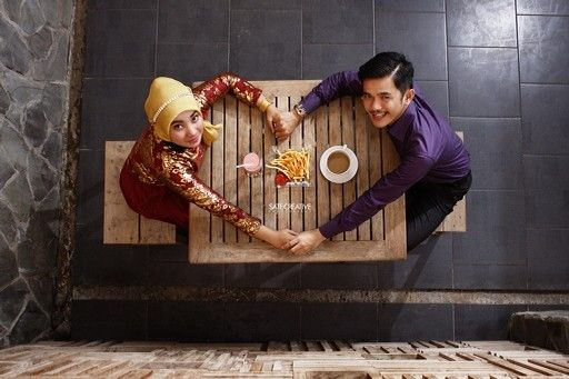 Love & Cafe    | Pre Wedding Photo Session Tata & Guntur |   By. Sate Creative