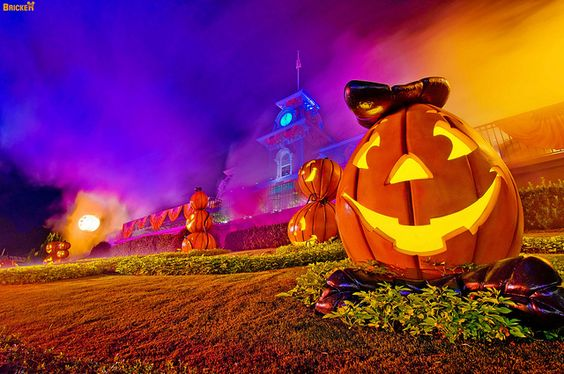 Tips for Mickey's Not So Scary Halloween Party at #Disney World. Read more: http://www.disneytouristblog.com/mickeys-not-so-scary-halloween-party-review-tips/